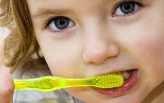 lavarse-los-dientes